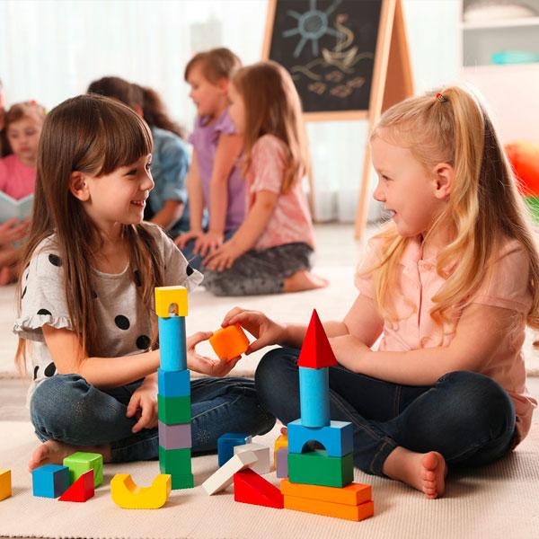 Spazi e Tempi nella Scuola dell'Infanzia: progettazione e innovazione per il benessere di insegnanti e bambini – di Alessandra Meneguzzo